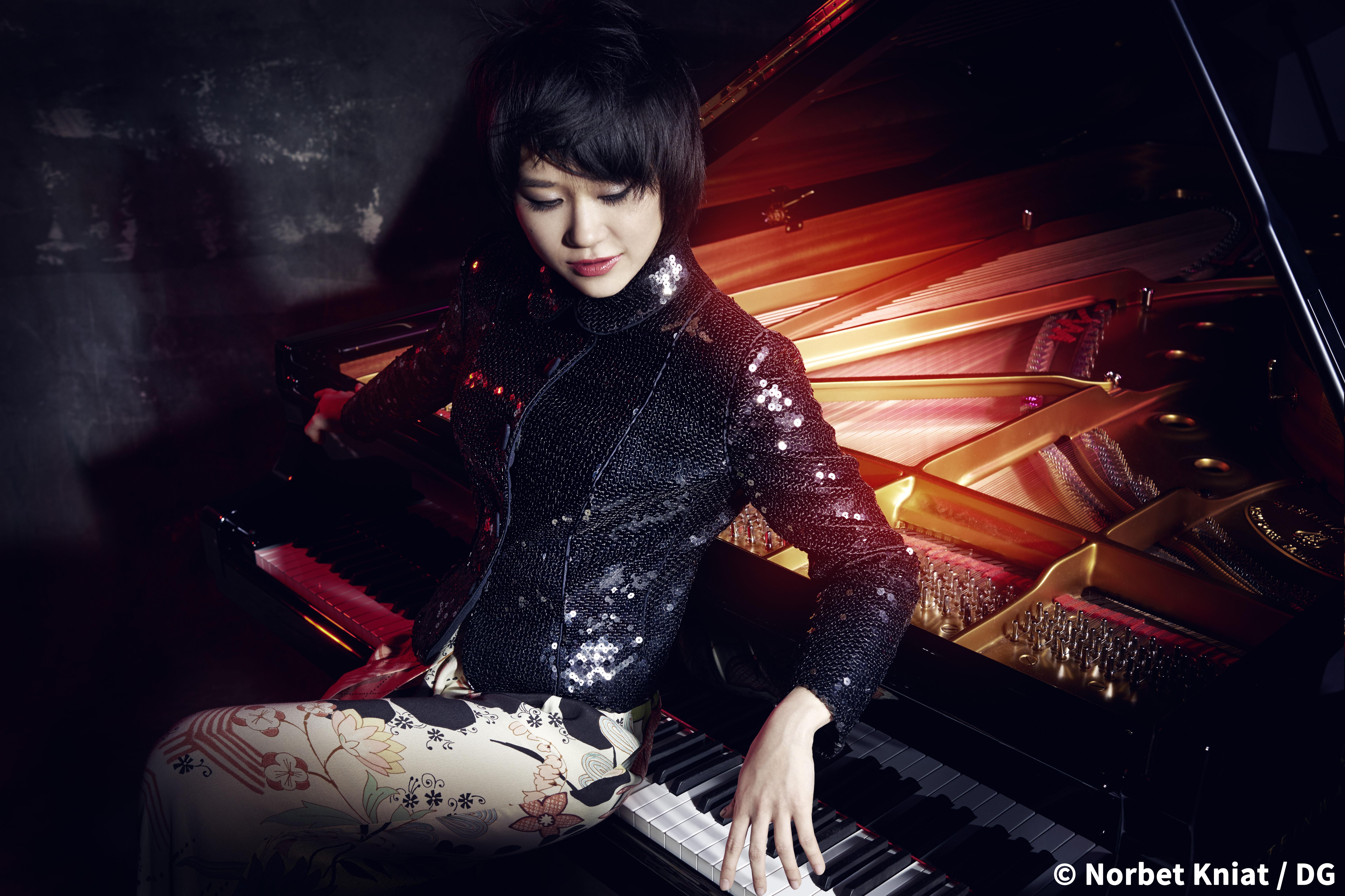 <span class='b'>ユジャ・ワン ピアノ・リサイタル</span>