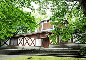 「軽井沢絵本の森美術館」でエコポスターを展示