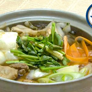焼き餅入り鶏肉とごぼうの鍋(1月5日 金曜 よる6時55分)